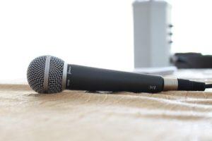 Mikrofon kaufen - microphone-380310_640-compressor