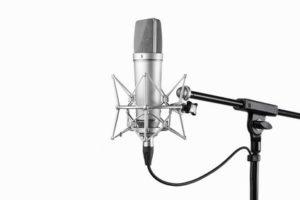 Großmembran Mikrofon fotolia_100063889_xs-compressor