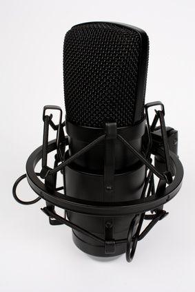 Großmembranmikrofon - fotolia_76244750_xs-compressor